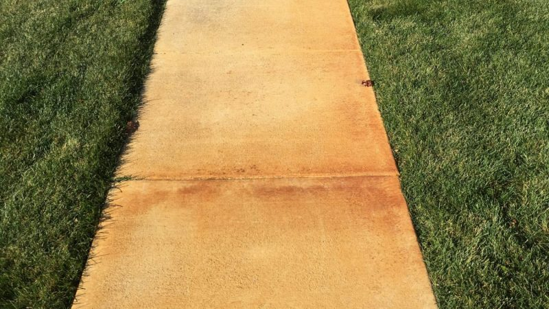 Pressure Washing Services in Joliet IL Concrete cleaning siding